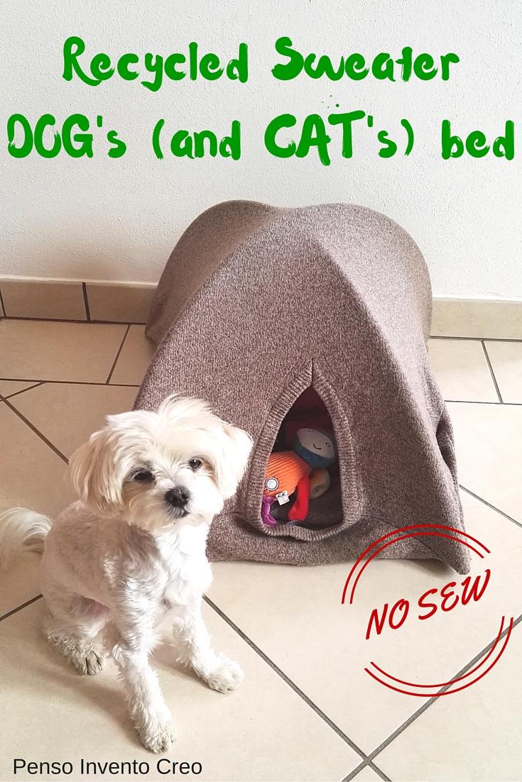 cuccia per cani fatta con un vecchio maglione di lana e dei tubi di plastica