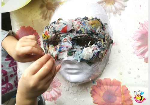 maschera di cartapesta da gatto