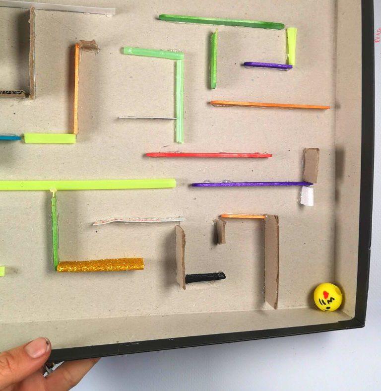 giochi scatola di cartone_ labirinto (2)